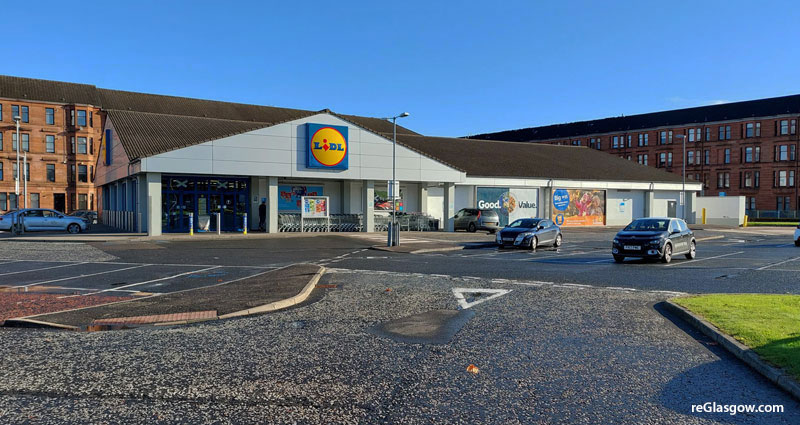 DISCOUNT Food Chain Investing In New Building